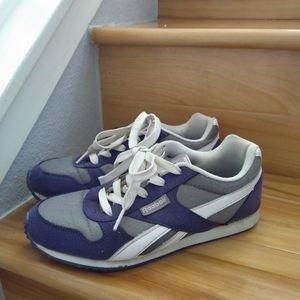 Reebok kids purple sneakers shoes size 4.5Y